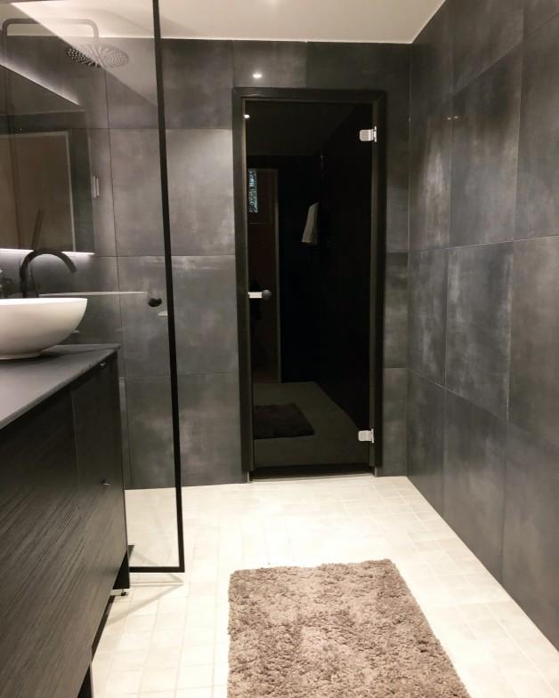 Lassen kylpyhuone Hakaniemessä